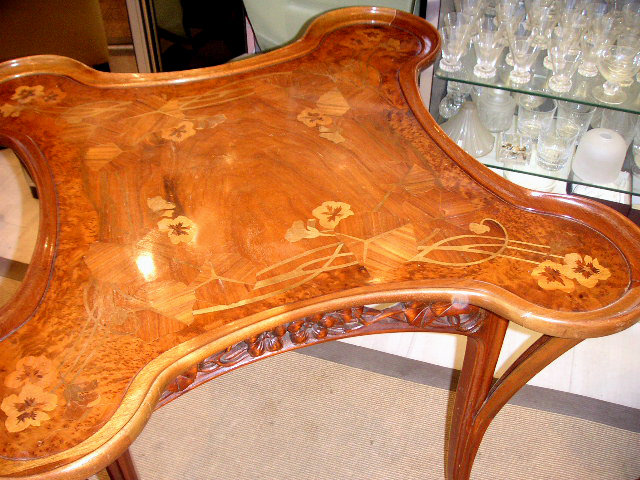 6815 Inlaid Art Nouveau Table
