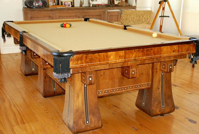 6928 Brunswick Six Legged Kling Table