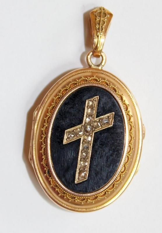 Victorian Onyx & 18K. Gold Locket with Tested Diamonds Cross - Pristine - High Rarity