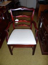 Set of 5 chairs 1 armed