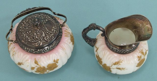 Mount Washington Victorian sugar and creamer