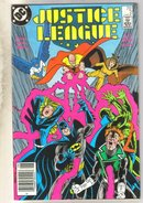 Justice League #2 comic book very fine/near mint 9.0