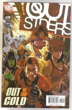 Outsiders #28 comic book near mint 9.4