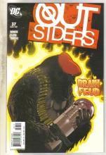 Outsiders #37 comic book near mint 9.4