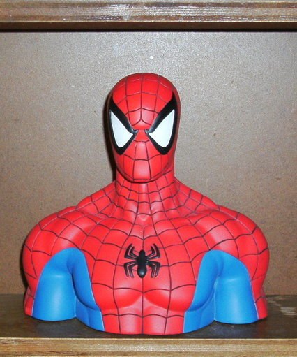 Spider-man bust statue by Attakus Collection
