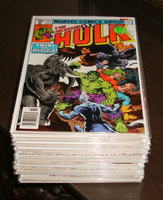 Incredible Hulk comic book collection of 40 all different high grade issues 253 thru 310