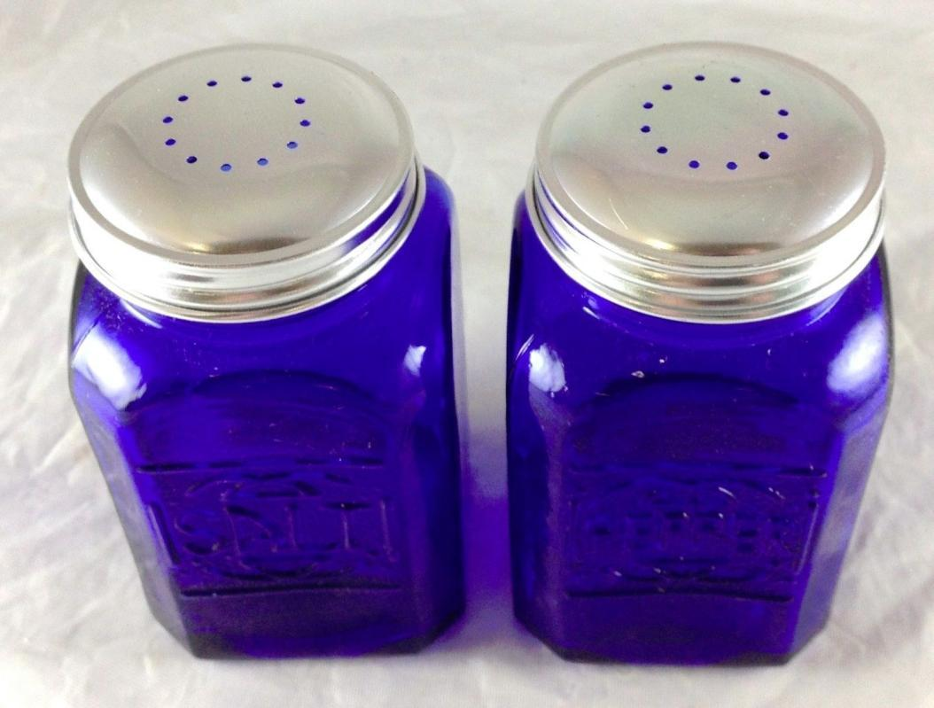 COBALT BLUE GLASS SALT & PEPPER SHAKERS LARGE RANGE SIZE S & P SET