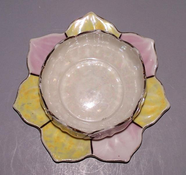Lily Pad Sauce Bowl with Plate