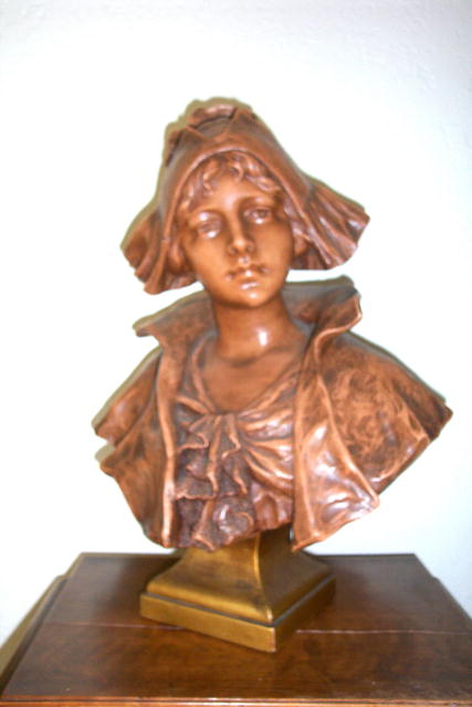 Terracotta Sculpture Country Dutch Girl