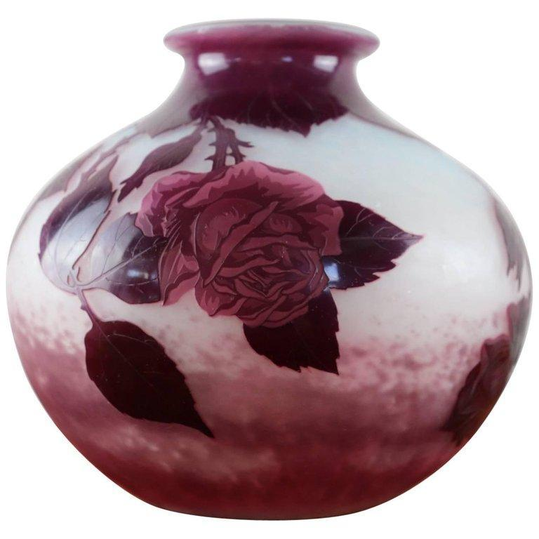 20th Century French by Andre Delatte for Nancy Art Nouveau Cameo Vase