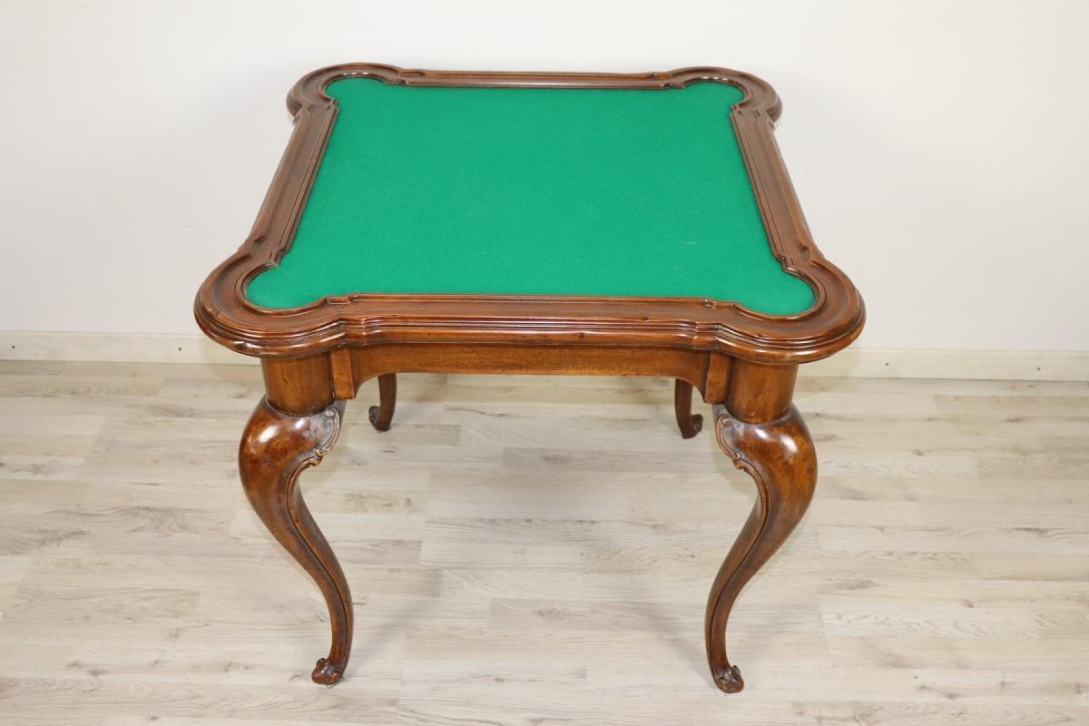 20th Century Chippendale Style Walnut Game Table for Cards and Chess