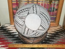 ANASAZI KIATUTHLANNA Black on White Bowl