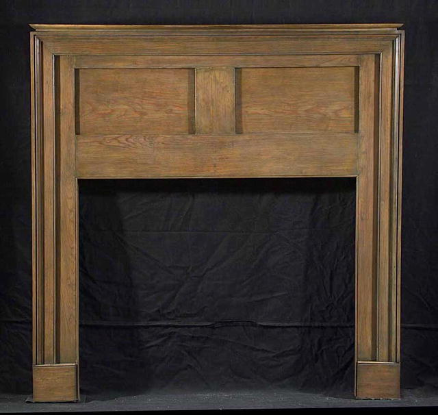2000/880 Maryland Pine two panel mantel. C. 1815-1830