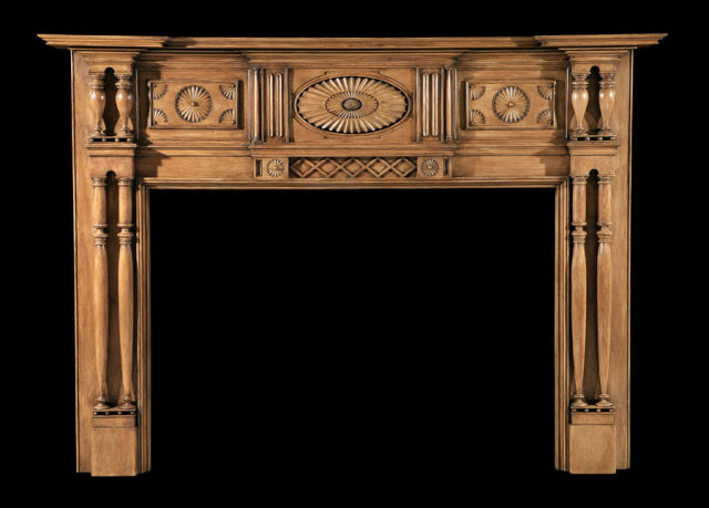 2006/1039 Important Hudson Valley Fan Mantel c.1810--1820