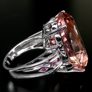 Luxuriously Crafted AAA Pink Morganite, Ruby  Ring