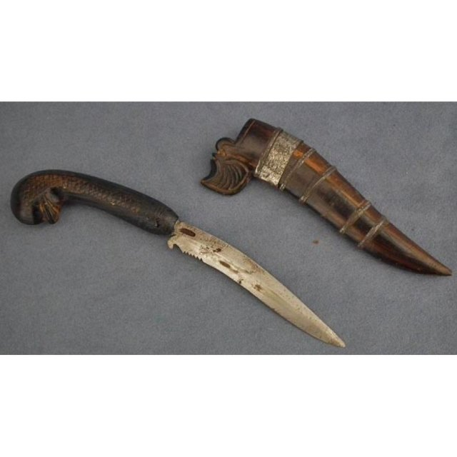 Antique Indonesian Dagger knife Bade-Bade Sumatra