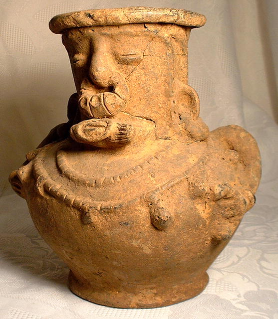 Ancient Pre Columbian Tairona Ceramic Vessel, c. 1000-1500