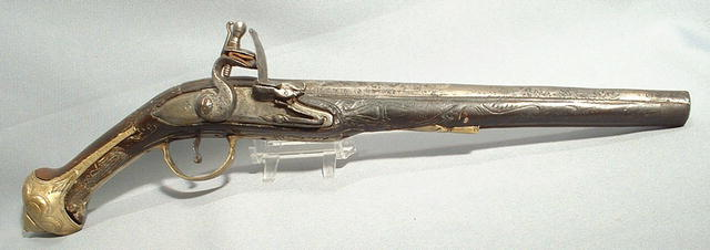 18TH CENTURY EUROPEAN FLINTLOCK PISTOL GUN