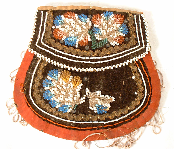 Antique American Indian Beaded Pouch