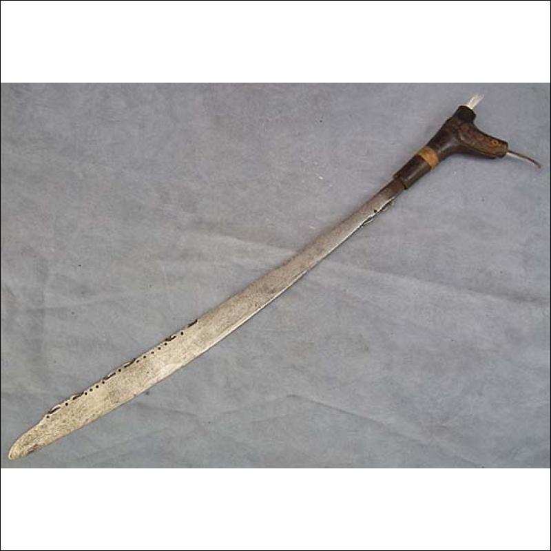 Antique Sword Head Hunters Dayak Mandau Parang Ihlang Borneo