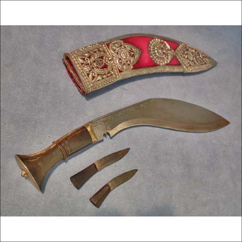 Antique Presentation Kothimora Kukri Khukuri 7th Duke of Edinburgh's own Gurkha Rifles in Silver