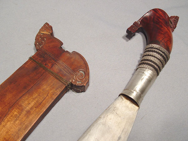 ANTIQUE MORO BARONG SWORD, 19th cen