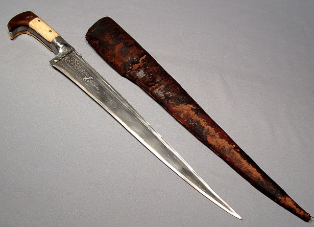 ANTIQUE INDO PERSIAN DAGGER CHOORA, 19TH