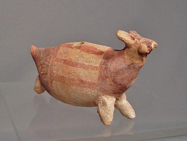 Antique Pre-Columbian, Chancay Terracotta effigy Llama Figure