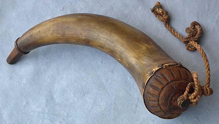 Antique 18th century Revolutionary War American rifleman Powder Horn