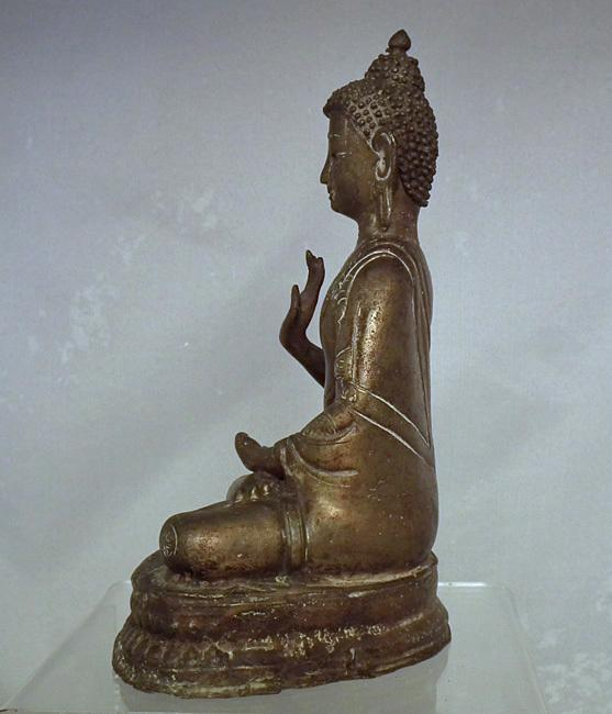 Antique 18th – 19th Century Sino Tibetan Bronze Figure Of Buddha