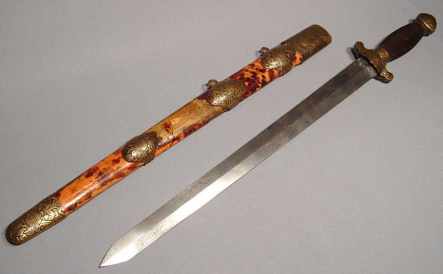 ANTIQUE CHINESE SWORD, 18th century