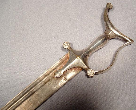 ANTIQUE INDO PERSIAN SWORD ZAFAR TAKIEH, 18th century