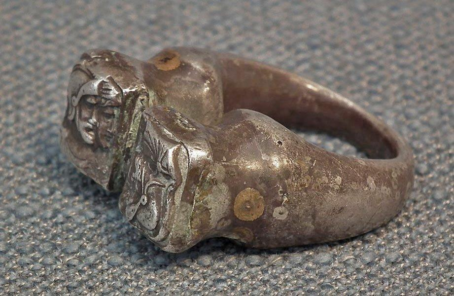 Ancient Roman 1st - 3rd century A.D. legionary Soldier Silver Ring