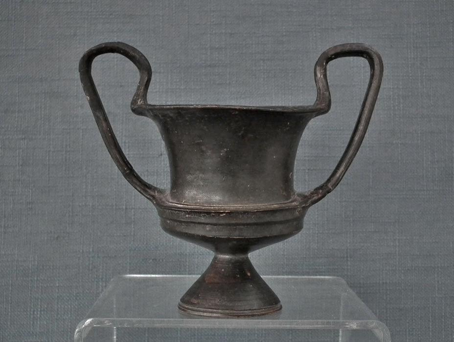 Rare Ancient South Italian Greek Or Etruscan 400 B.C Pottery Wine Cup Kantharos