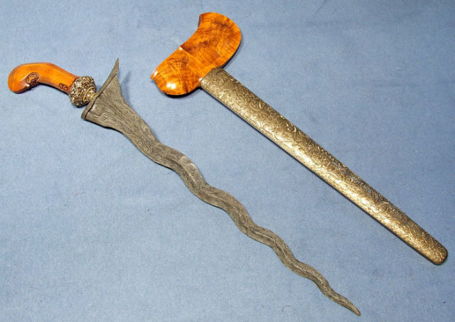 Antique Indonesian Dagger sword Keris - Kriss