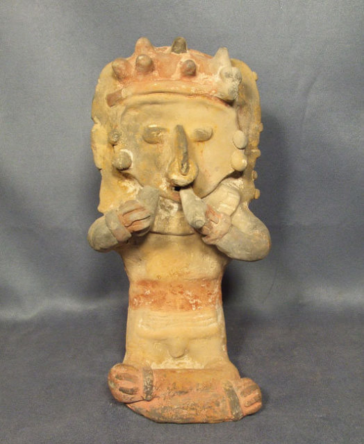 Antique Pre-Columbian Bahía Ceramic Figure
