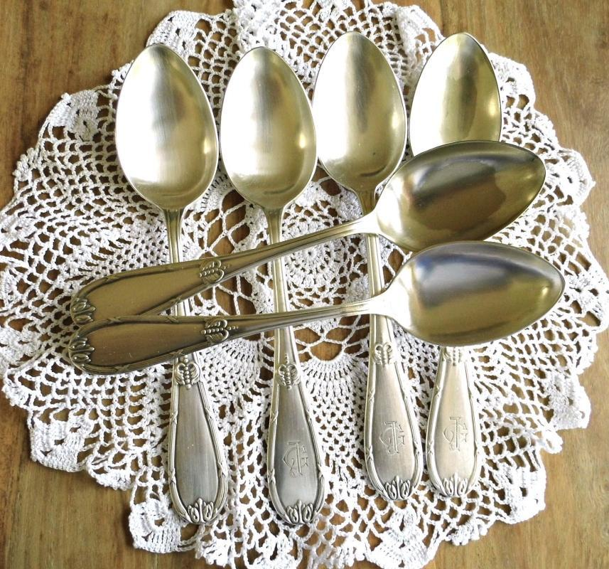Set 6 Antique Dining Soup Spoon Maltese Silver Plated Monogram JG Ornate Silverplated Spoon Vintage Tableware Silverware Art Deco Dinnerware