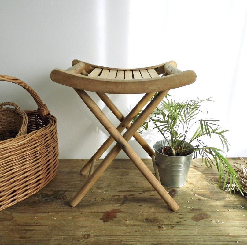 Superior Vintage Folding Foot Stool Chair Wood Patio Slatted Seat Footstool Small  Wooden Side Coffee Table Child Stool Rustic Minimalist Mid Century