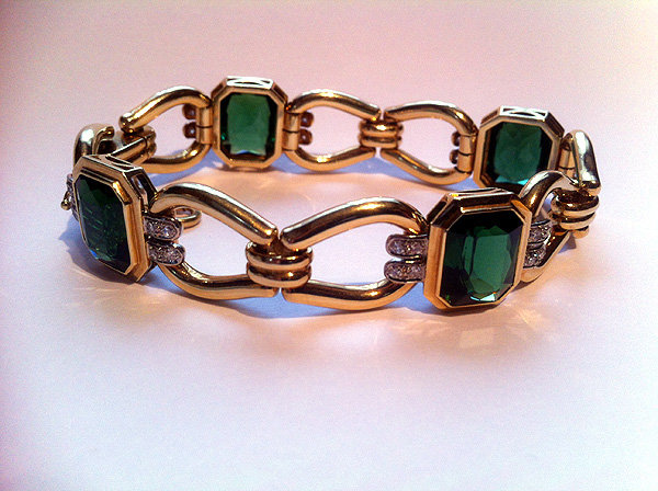 Very Fine Tourmaline Diamond Gold Bracelet.
