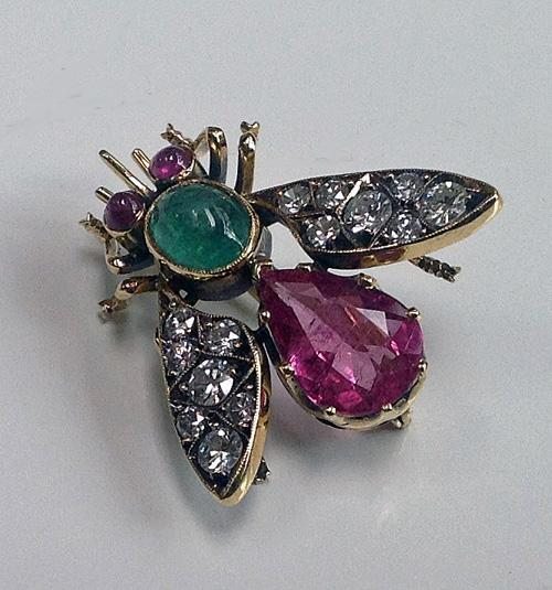 Suffragette colours Bee Brooch Diamond Gem Set C.1910