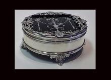 Silver  faux tortoiseshell Box, London 1910, Mappin & Webb.