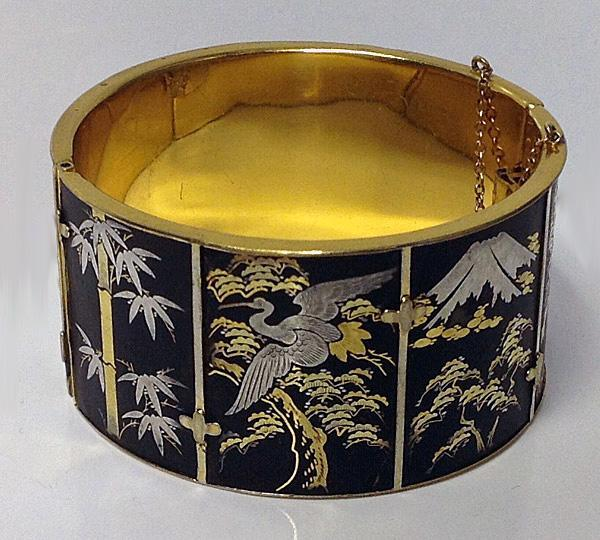 Antique Shakudo Bangle, C.1900.