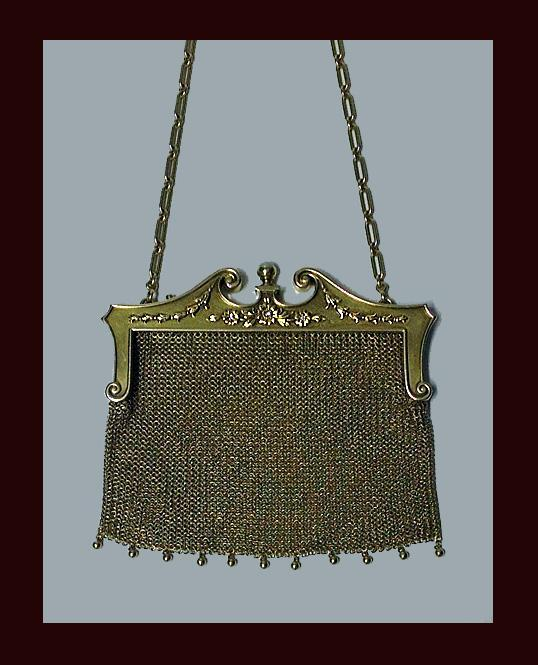 Art Nouveau Gold Diamond Pearl mesh link purse, C.1910.