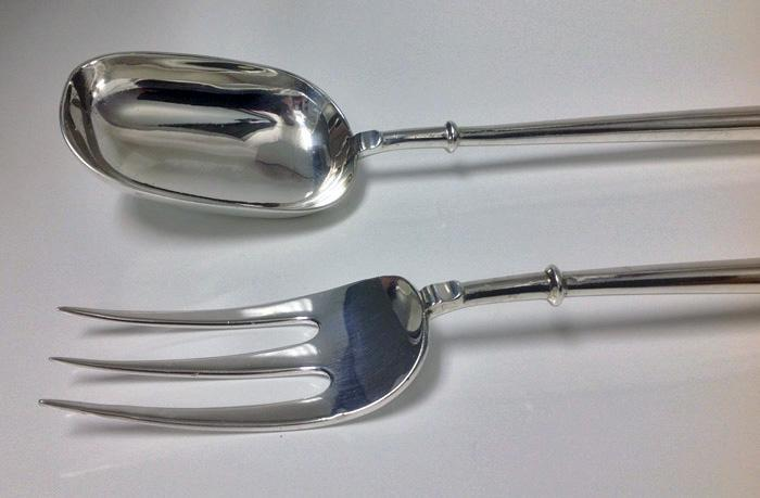 Rare Pair of English Canon pattern Silver Servers, London 1929-30, D & J Welby.