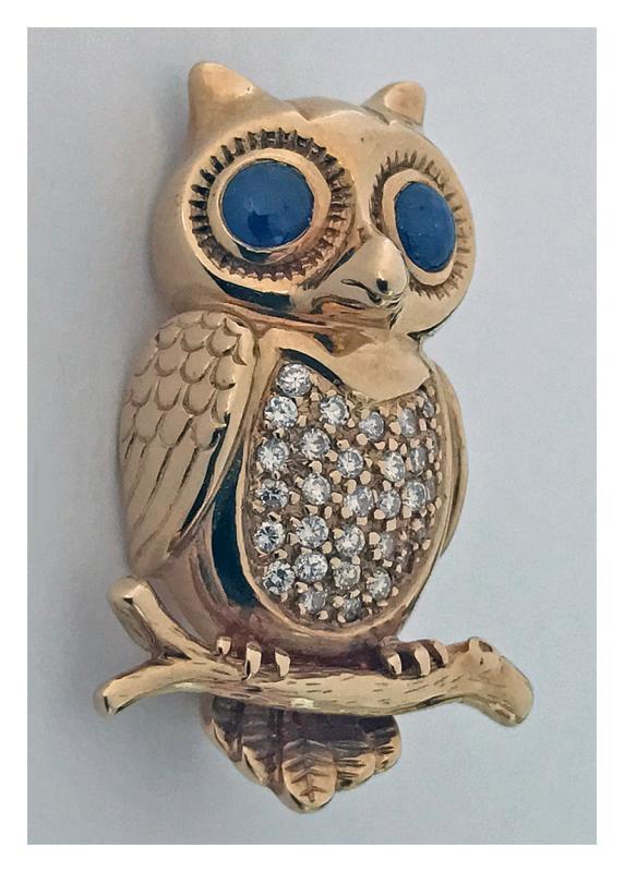 Boucheron 18K Diamond and Sapphire Owl Brooch Pin, 20th century