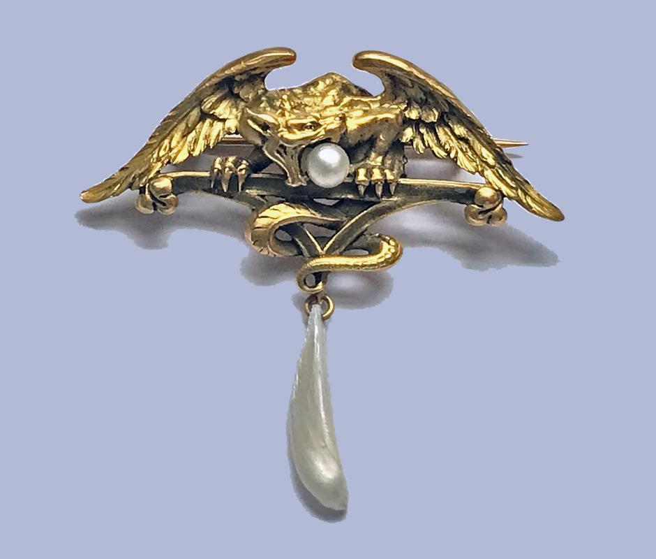French Art Nouveau 18K mythological brooch Pendant, C.1900