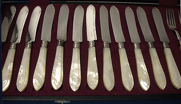 English Mother of Pearl Silver Fish Service,