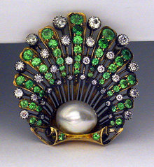 Antique Demantoid Brooch, English C.1890