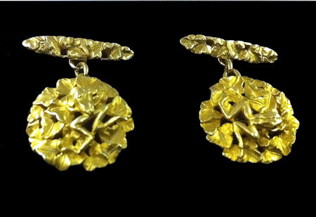 Pair of Art Nouveau 18K Frog cufflinks, C.1890