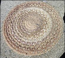ROUND BRAIDED MAT